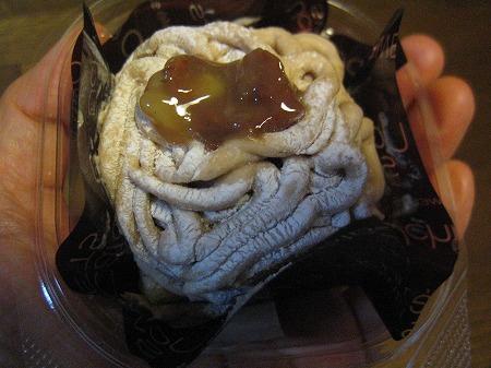 「プラチナケーキ」モンブラン