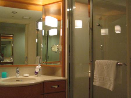 シェラトン のパウダールーム&バスルーム